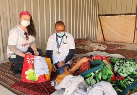 A Visit to an Israeli Bedouin Home for Good Deeds Day